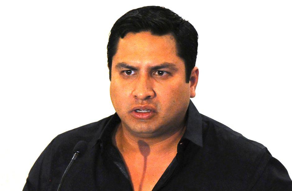 Se burlan de Julión Álvarez después de que su música desapareciera