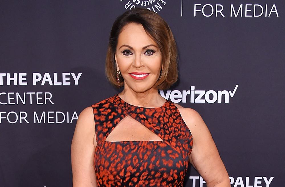Le salió más trabajo a María Elena Salinas tras anunciar su salida de Univision