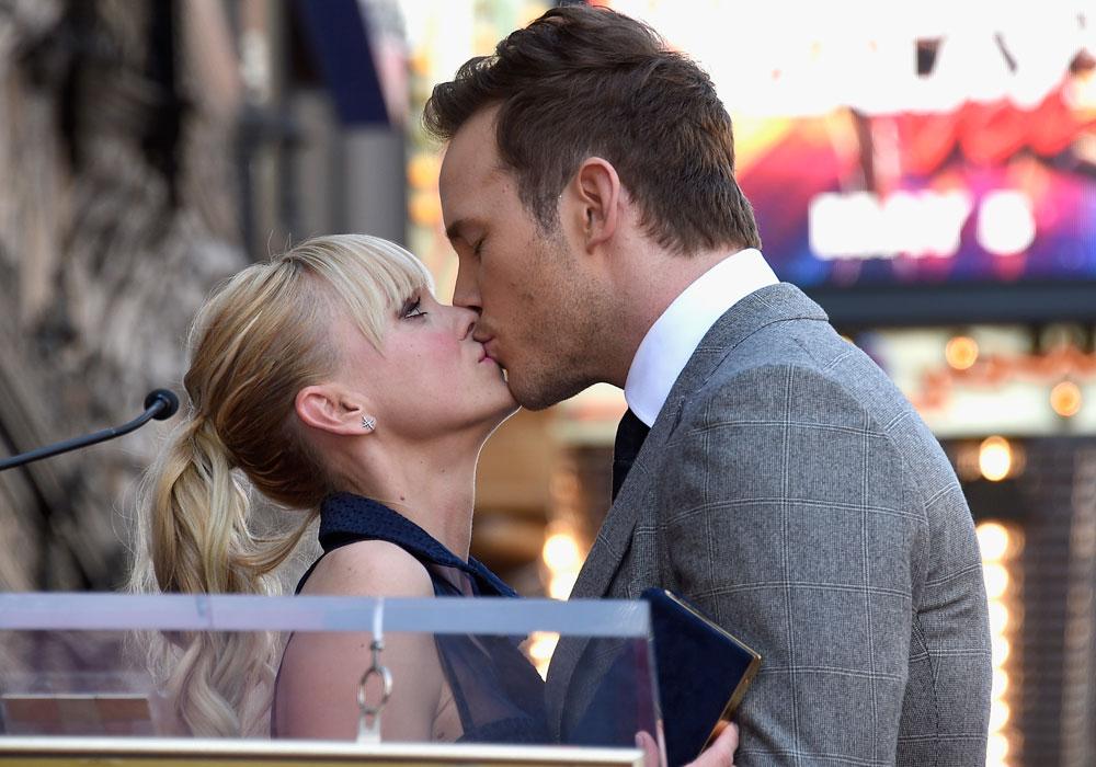 Todavía en abril mostraban su afecto en público.