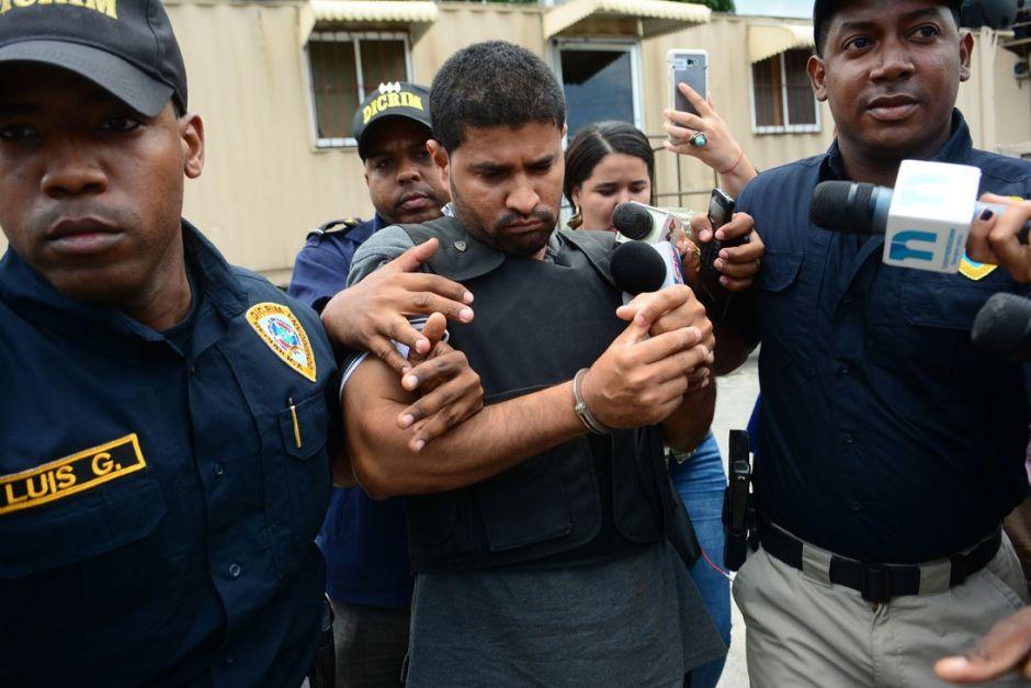 Un año de prisión a sacerdote dominicano acusado de matar a su monaguillo