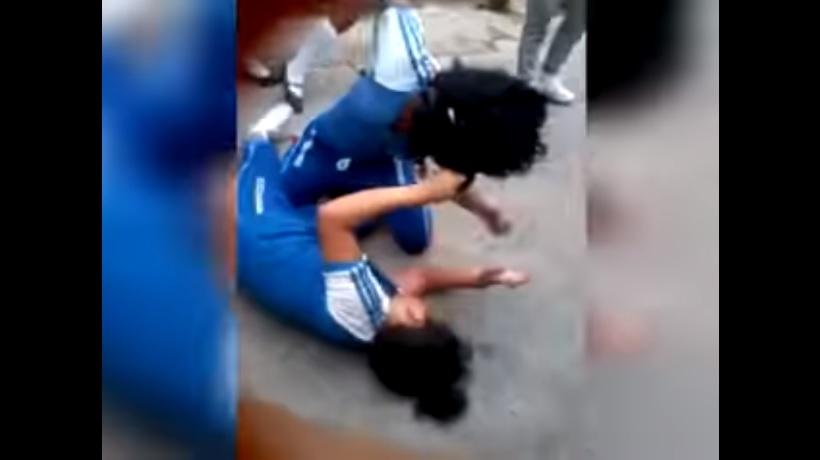 VIDEO: Estudiante se convulsiona tras pelear con compañera en Chiapas