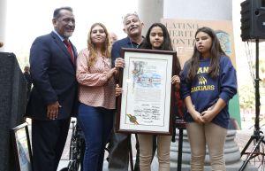 Los Ángeles honra a latinos por su aporte a EEUU