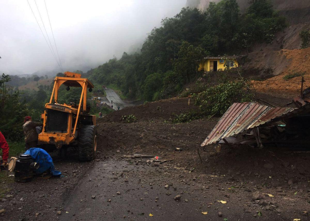 Deslaves del huracán Katia causan al menos dos muertos en México