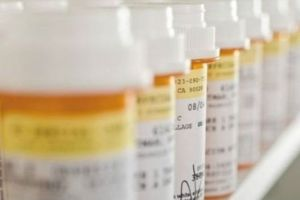 California está a punto de prohibir el desmesurado aumento del precio de medicamentos