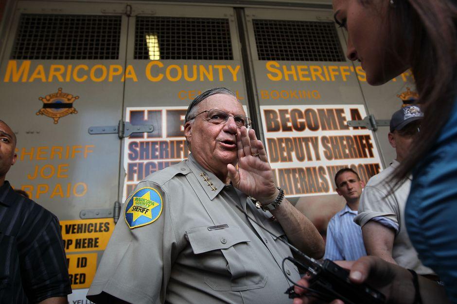 La pregunta del ex sheriff Joe Arpaio que indigna a los inmigrantes