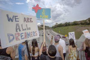 """MAF presta sin costo a """"Dreamers"""" la cuota de renovación de DACA"""