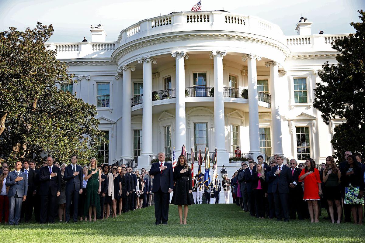 El presidente Trump lideró la ceremonia del 9/11 en la Casa Blanca.
