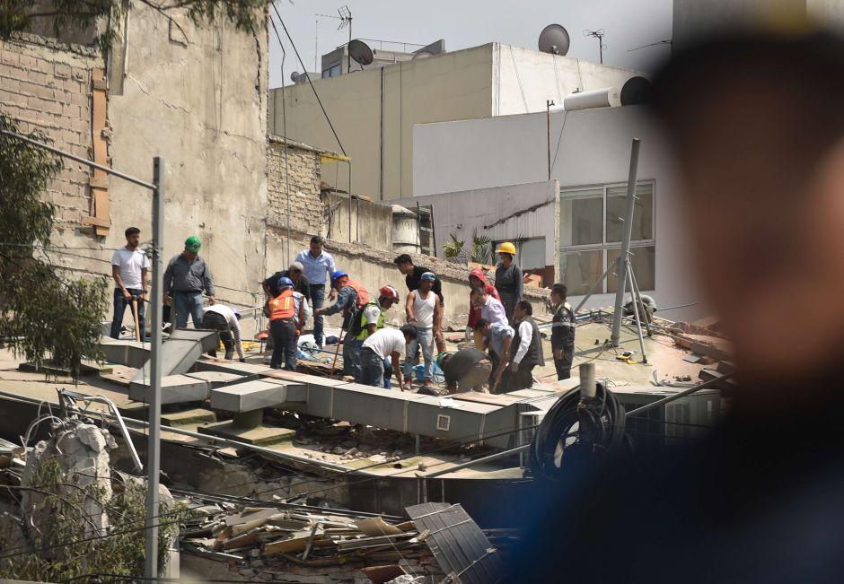 Facebook y Google activan chequeos de seguridad para hallar personas tras el terremoto de México