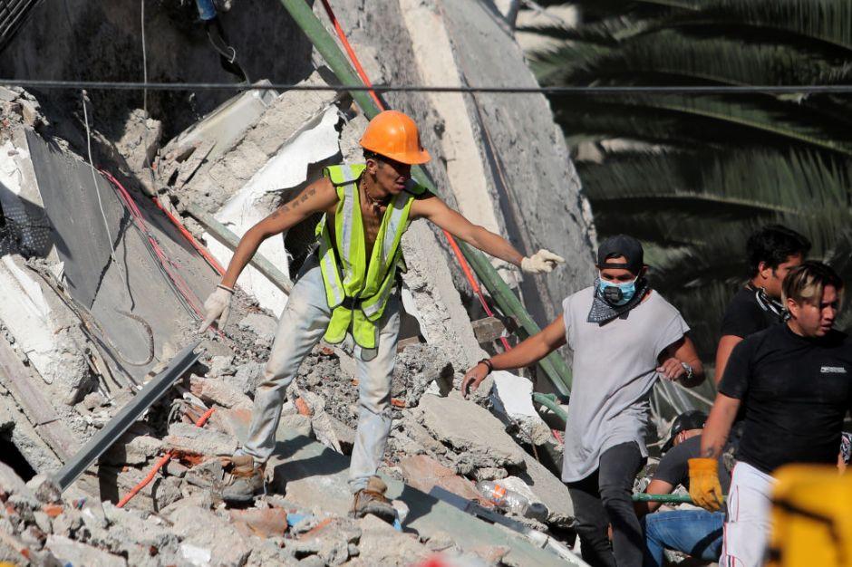 """""""Hoy regresa el terror""""; mexicanos de Los Ángeles impactados por temblores en su patria"""