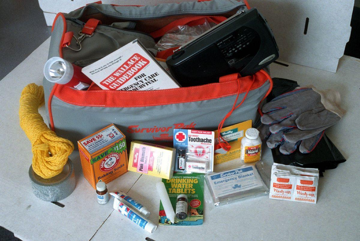 ¿Qué debe tener un kit de supervivencia ante un terremoto?