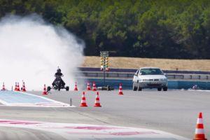 Cero a 62 mph (0-100 km/h) en medio segundo
