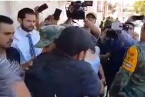 VIDEO: Emotivo encuentro entre militar y hombre que perdió a su familia en terremoto