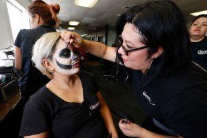 Aprende a hacer disfraces ecológicos para el Día de Brujas y el Día de los Muertos