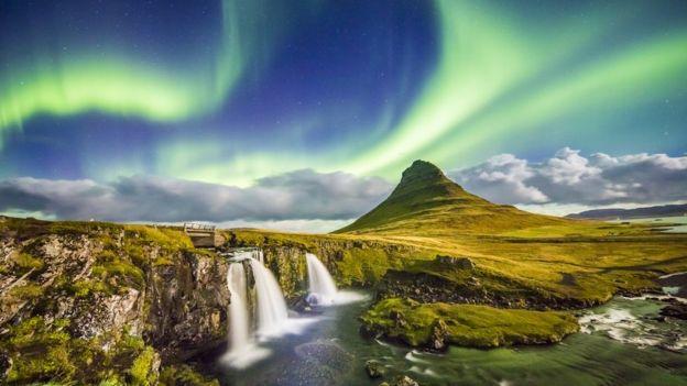Planeterella, el inventó que ayudó a entender el misterio de la aurora boreal