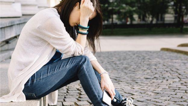"""""""No quería decírselo a mis padres para no preocuparlos"""": por qué cada vez más niños tienen pensamientos suicidas"""