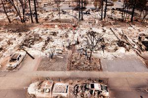 Volver a la normalidad tras el fuego: la otra lucha de la ciudad de Santa Rosa