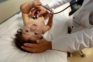 A pesar de incendios, hospital se mantiene abierto y entrega 36 bebés