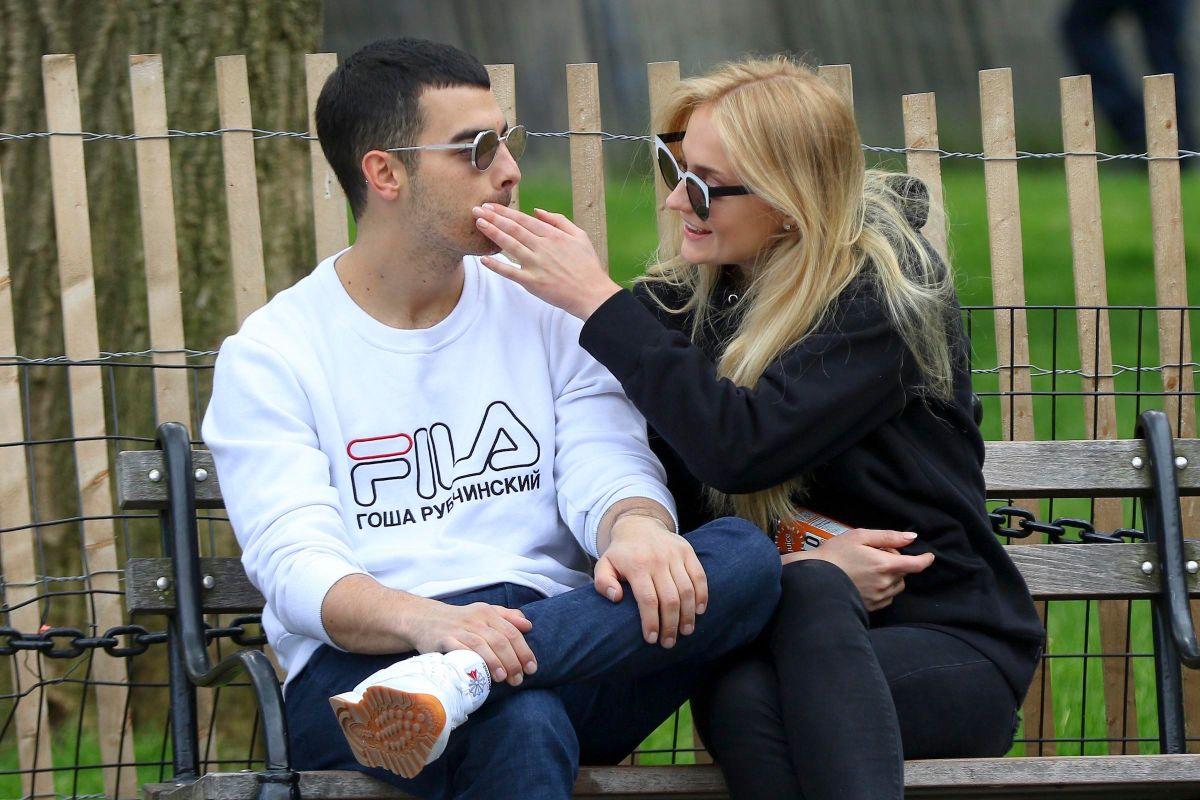Así anunció Joe Jonas su compromiso con Sophie Turner