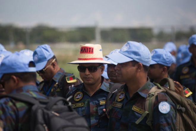 Los cascos azules salen de Haití: 5 momentos complicados que marcaron su presencia