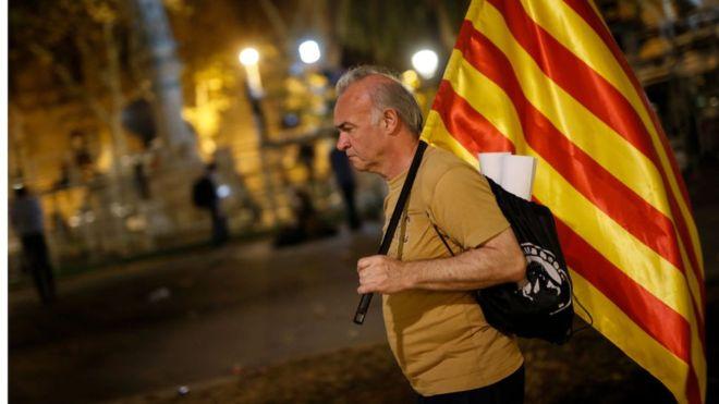 Qué efectos puede tener la suspensión de la declaración de independencia de Cataluña