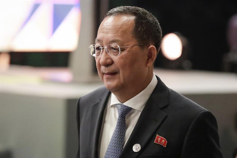 """Canciller norcoreano amenaza con """"hacer llover fuego"""" sobre EEUU"""