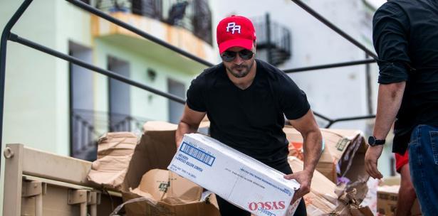Así ayudó Luis Fonsi a los damnificados de Puerto Rico