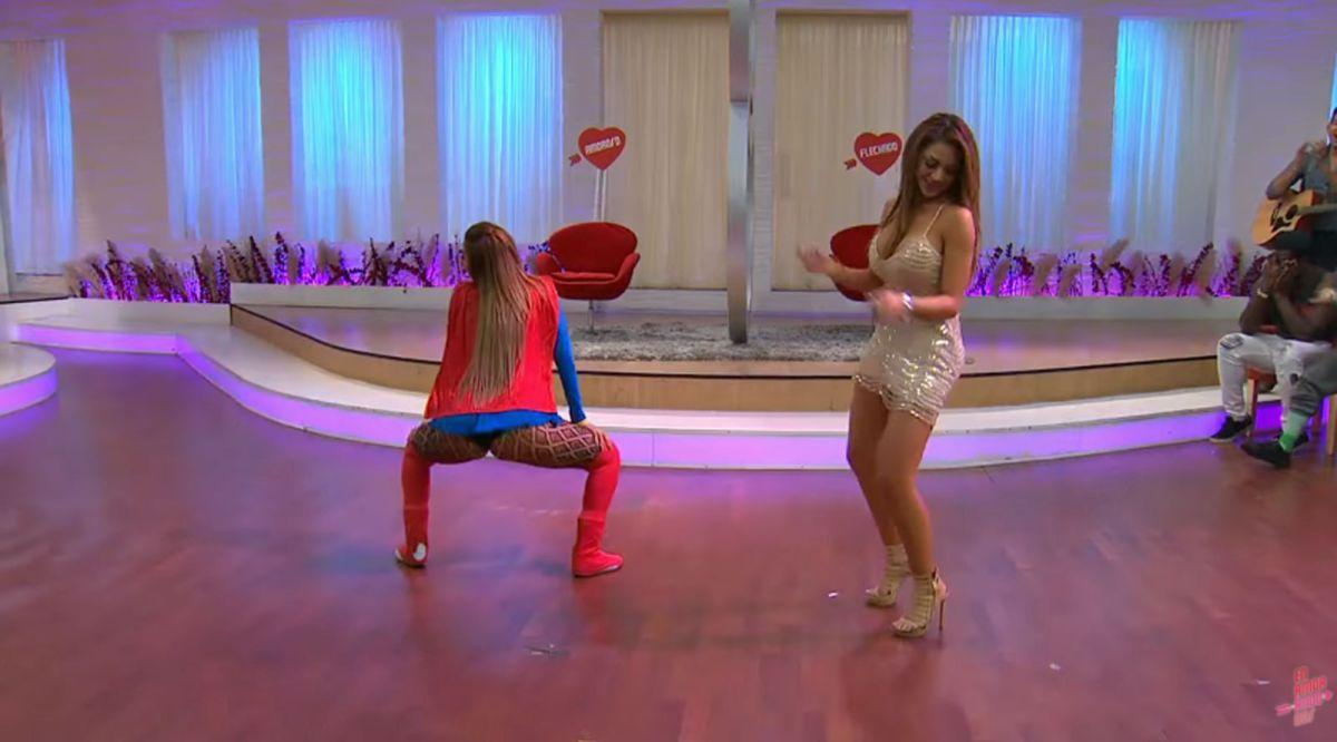 """Voluptuosas mujeres hacen duelo de """"twerking"""" en concurso de TV, pero una enseñó de más para ganar"""