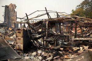 260,000 alumnos perdieron clases a causa de los incendios—y muchos podrían seguir sin estudio