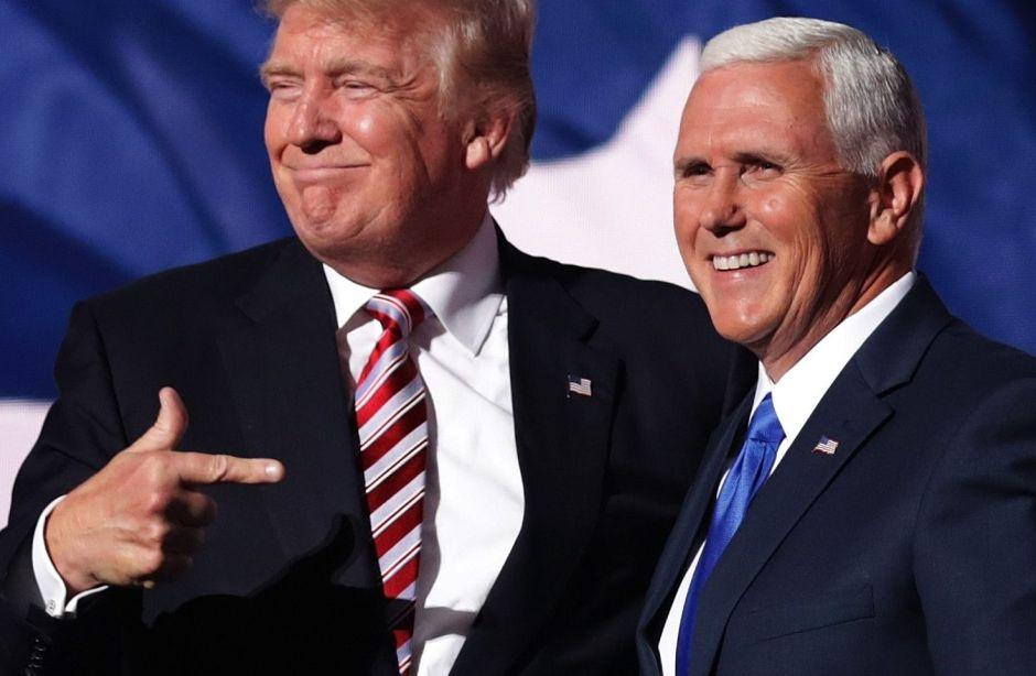 El irónico e indignante mensaje del vicepresidente Mike Pence a los latinos