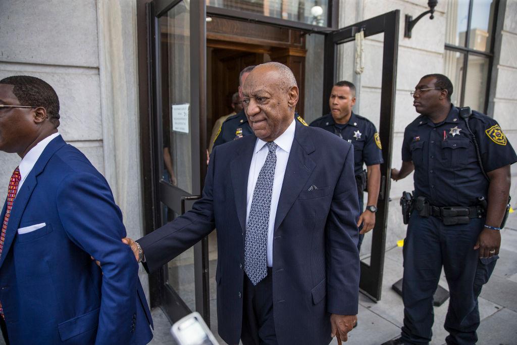 Bill Cosby es condenado a un máximo de 10 años de cárcel