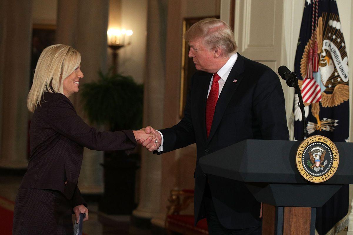 Trump pide al Senado confirmación de próxima secretaria de Seguridad Nacional