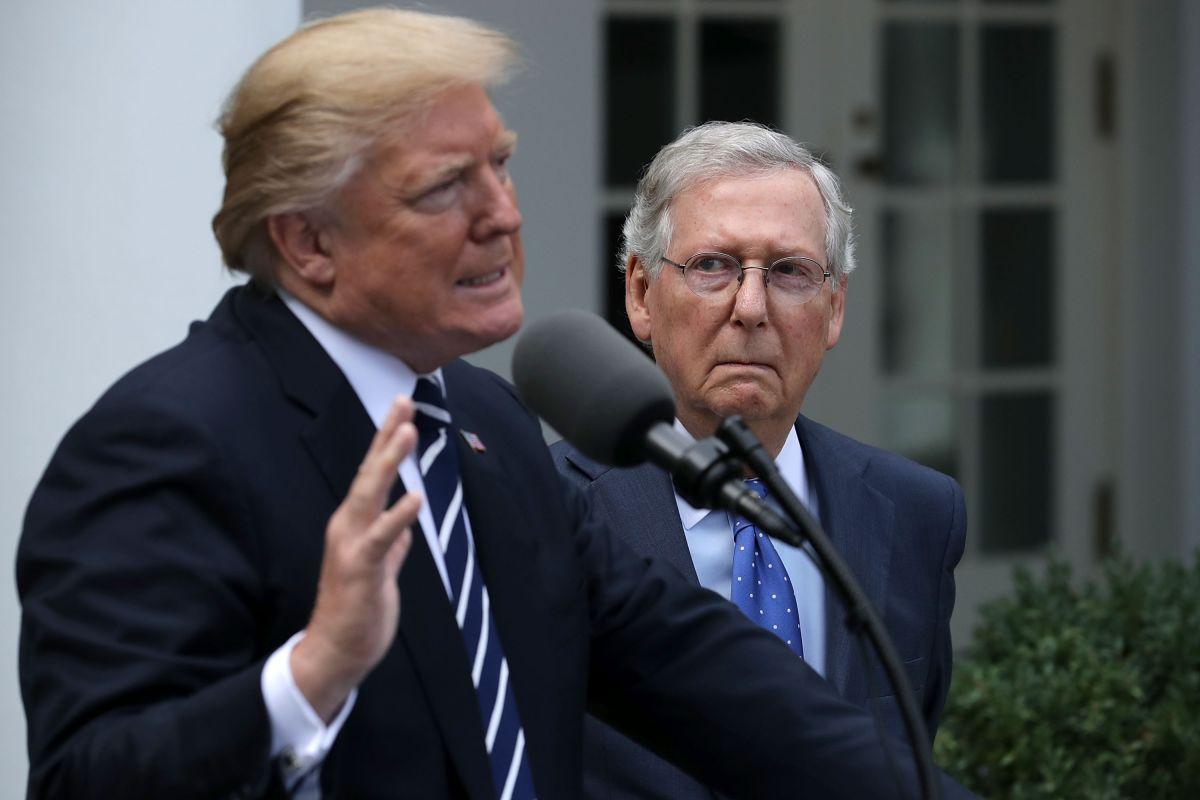 Trump y McConnell presentan frente unido para impulsar agenda conservadora