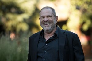 Culpan a Harvey Weinstein de un suicidio
