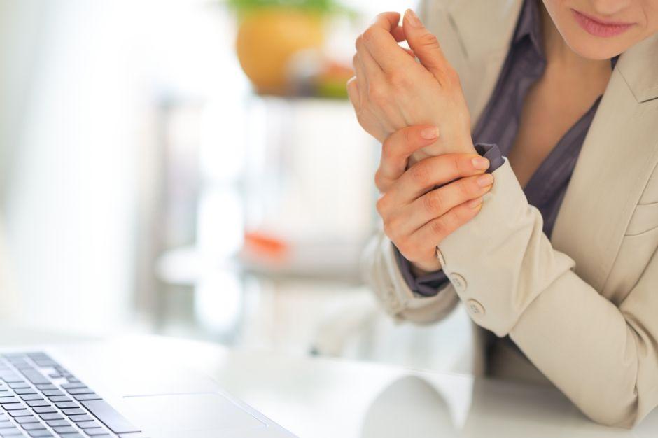 Dos malos hábitos frecuentes aumentan el riesgo de padecer artritis