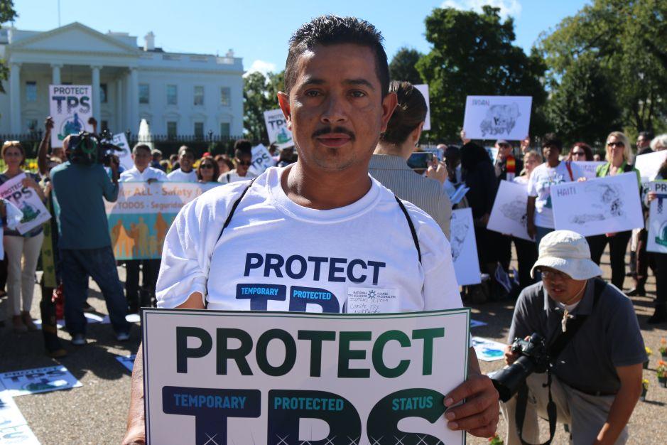 """DHS termina """"TPS"""" para nicaragüenses y lo extiende por seis meses para hondureños"""