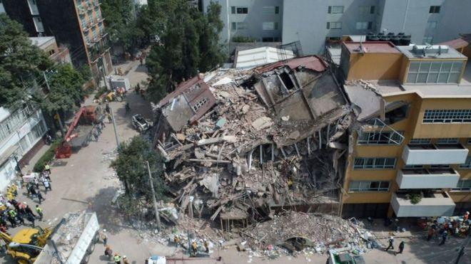 Productor grabó en video su propio escape edificio colapsado por terremoto en México