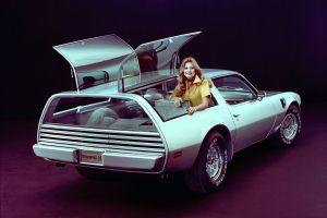 Concept car de los años 60 de Pontiac está a la venta por un concesionario Kia en Connecticut