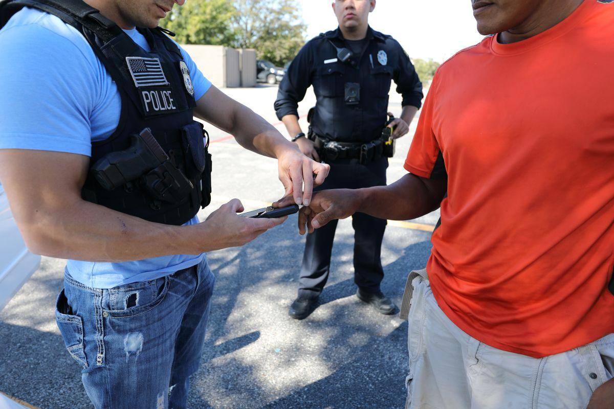 Gobierno quiere quitar la ciudadanía a inmigrantes que hayan cometido este delito