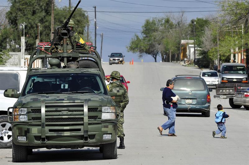 Revisan armas de policías en Morelos, donde operan grupos del cártel Jalisco Nueva  Generación