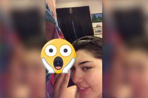 Mujer se maquilla con los testículos de su novio