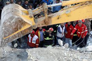 El terremoto de Kermanshah, entre los mas graves en frontera entre Irán e Irak