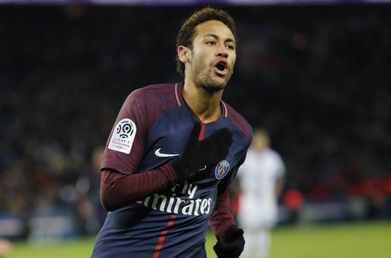 Túnel y rabona: Neymar vuelve a mostrar su enorme talento y ego descontrolado