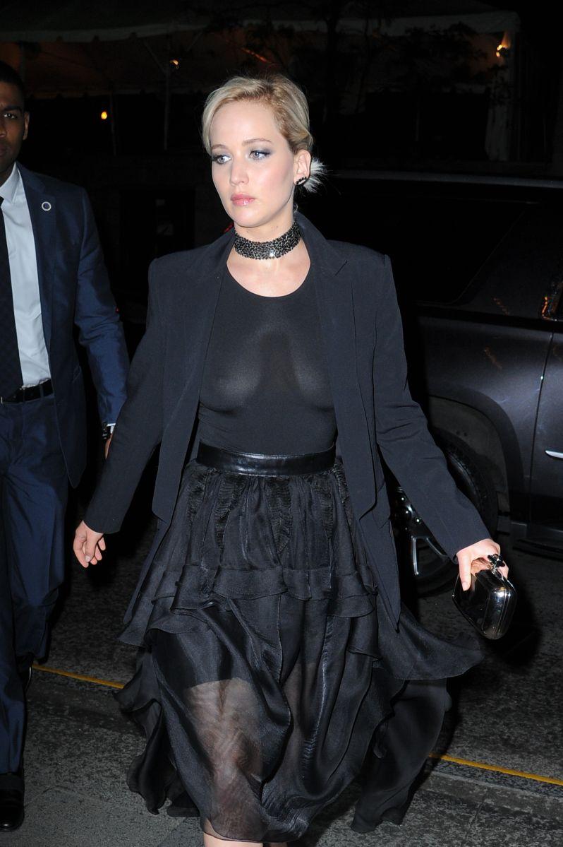 ¿Jennifer Lawrence quiere con los huesitos de Scott Disick?