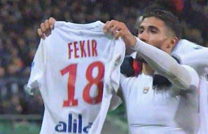 Festejó como Messi pero causó la ira de los aficionados rivales