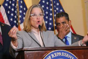 Alcaldesa de San Juan recurrirá la juramentación del nuevo gobernador de Puerto Rico