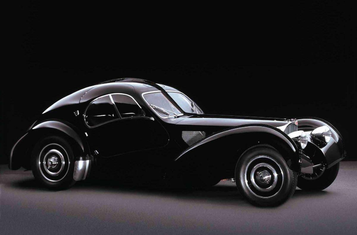 En el 88, Lauren compró su Bugatti 57CSC Atlantic de 1938 para celebrar el éxito de su marca de ropa
