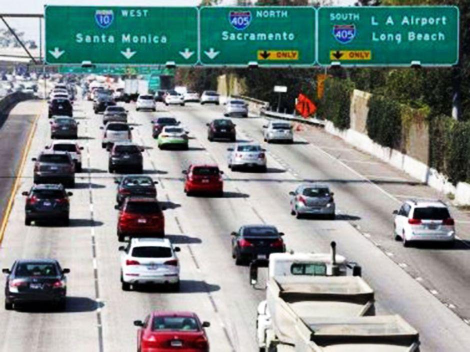 Prevén récord de tráfico en el sur de California por el Thanksgiving Day