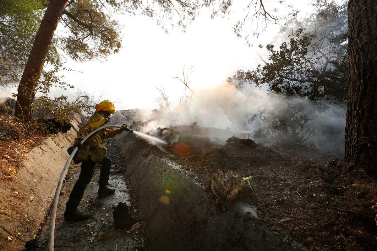 Incendios en el sur de California cobran una vida
