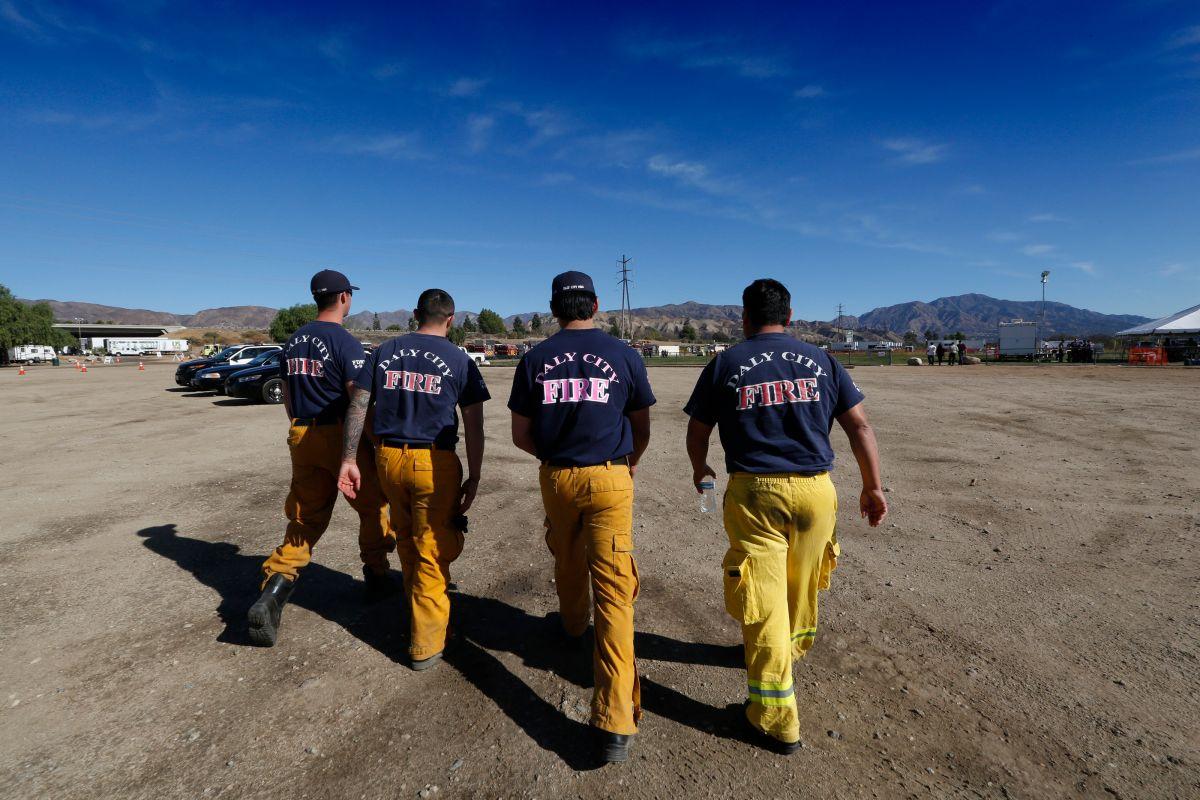 Bomberos de California, Oregon y Nevada ayudan en el combate a incendios de Los Ángeles