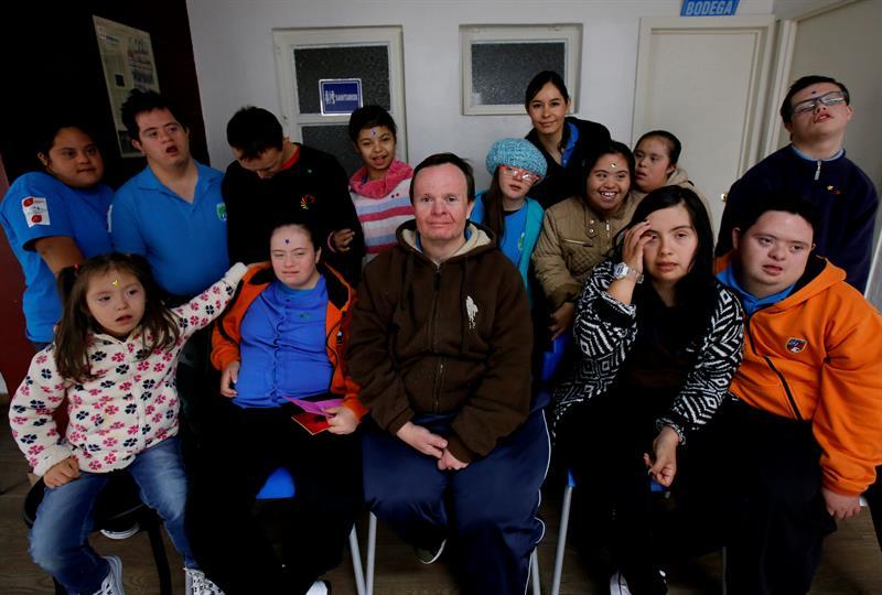 Cafetería en Guadalajara es atendida por jóvenes con síndrome de Down